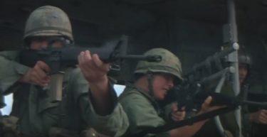 「 地獄の黙示録 」は、戦争心理の怖さと人間性の脆さを鋭く指摘する戦争映画