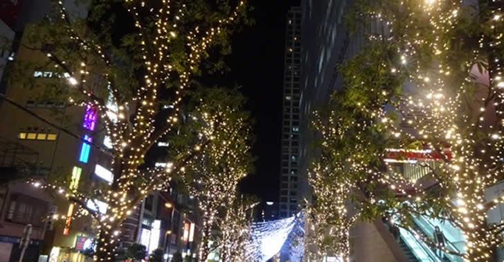 クリスマスの秋葉原まとめ 『ご注文はうさぎですか??』『ラブライブ!サンシャイン!!』『ガールズ&パンツァー』『魔法少女まどか☆マギカ』ほか