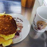 『ご注文はうさぎですか??』ココアさんバースデーセットのホットケーキを、ココアさんの皿にのせてみた!