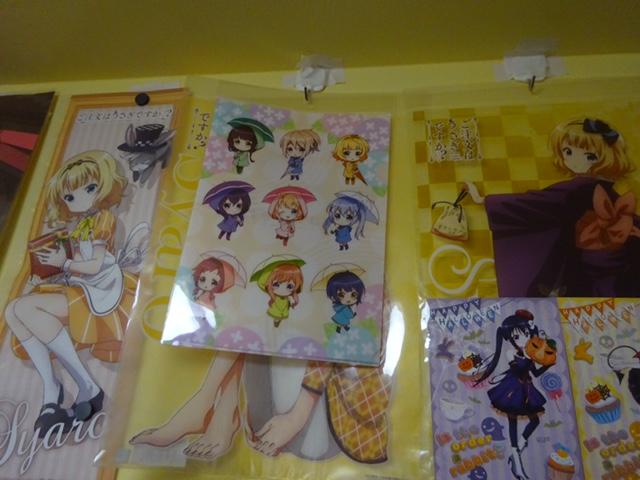 『 ご注文はうさぎですか?? 』梅雨イラストのクリアファイルを買ってきたよ!えっ、青山さん&モカ姉・チマメの水着グッズも出るの!?