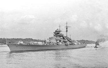 終戦75年目の今年知っておきたい歴史の真相ー 第二次世界大戦時、ドイツ海軍最大の戦艦「ビスマルク」はなぜ、どうやって沈んだのか?